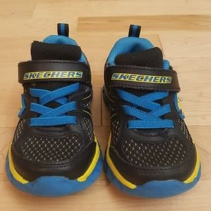 Boys Skechers with memory foam toddler size 6.